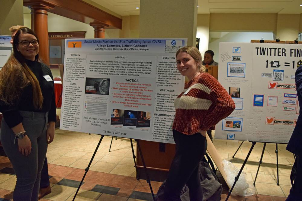 Allison Lammers and Lizbeth Gonzalez with their poster presenation